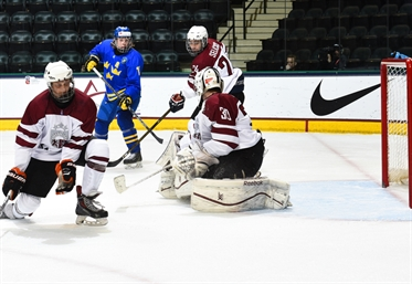 Swedes squeak past Latvia